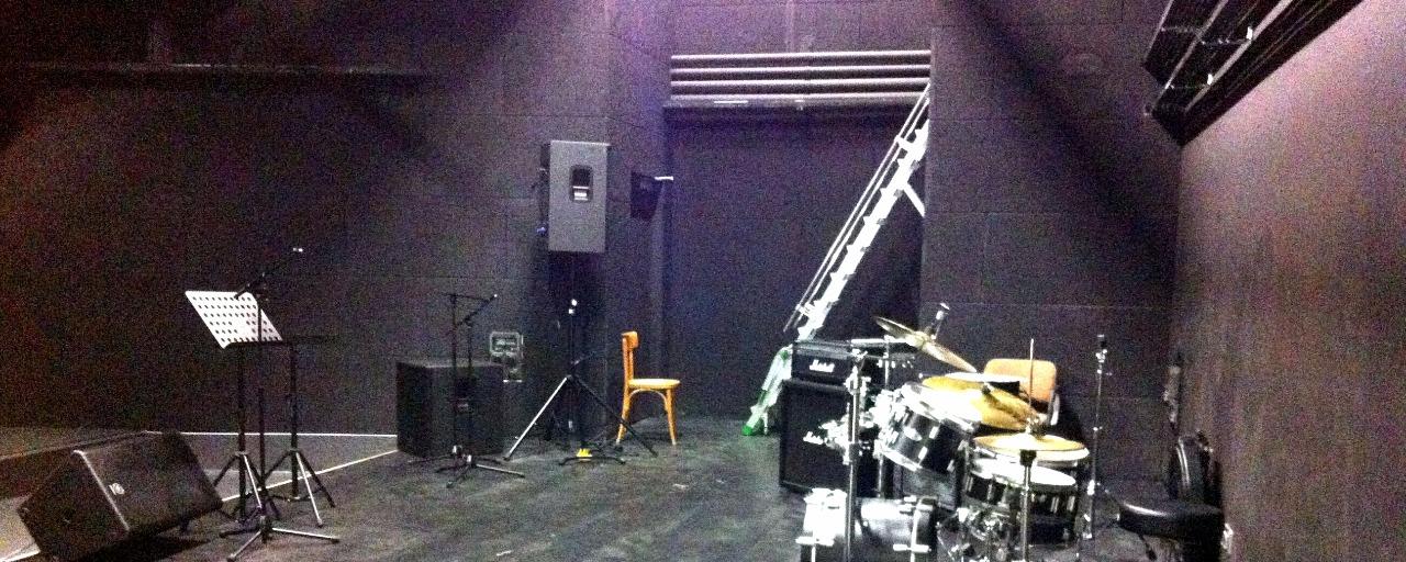 intérieur salle de musique actuelle à Brive