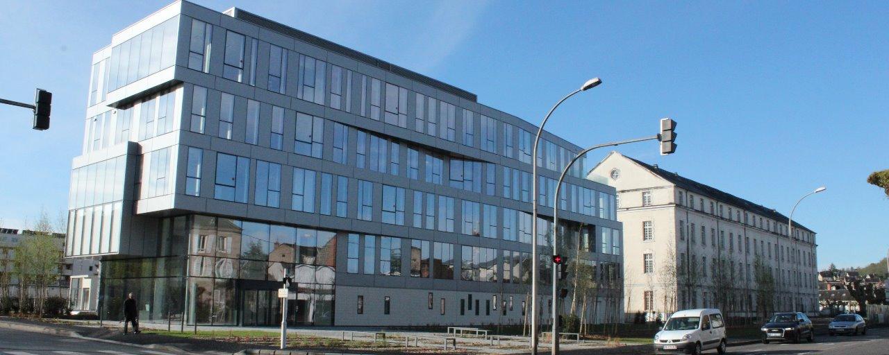 Aménagement autour du bâtiment UNIFO